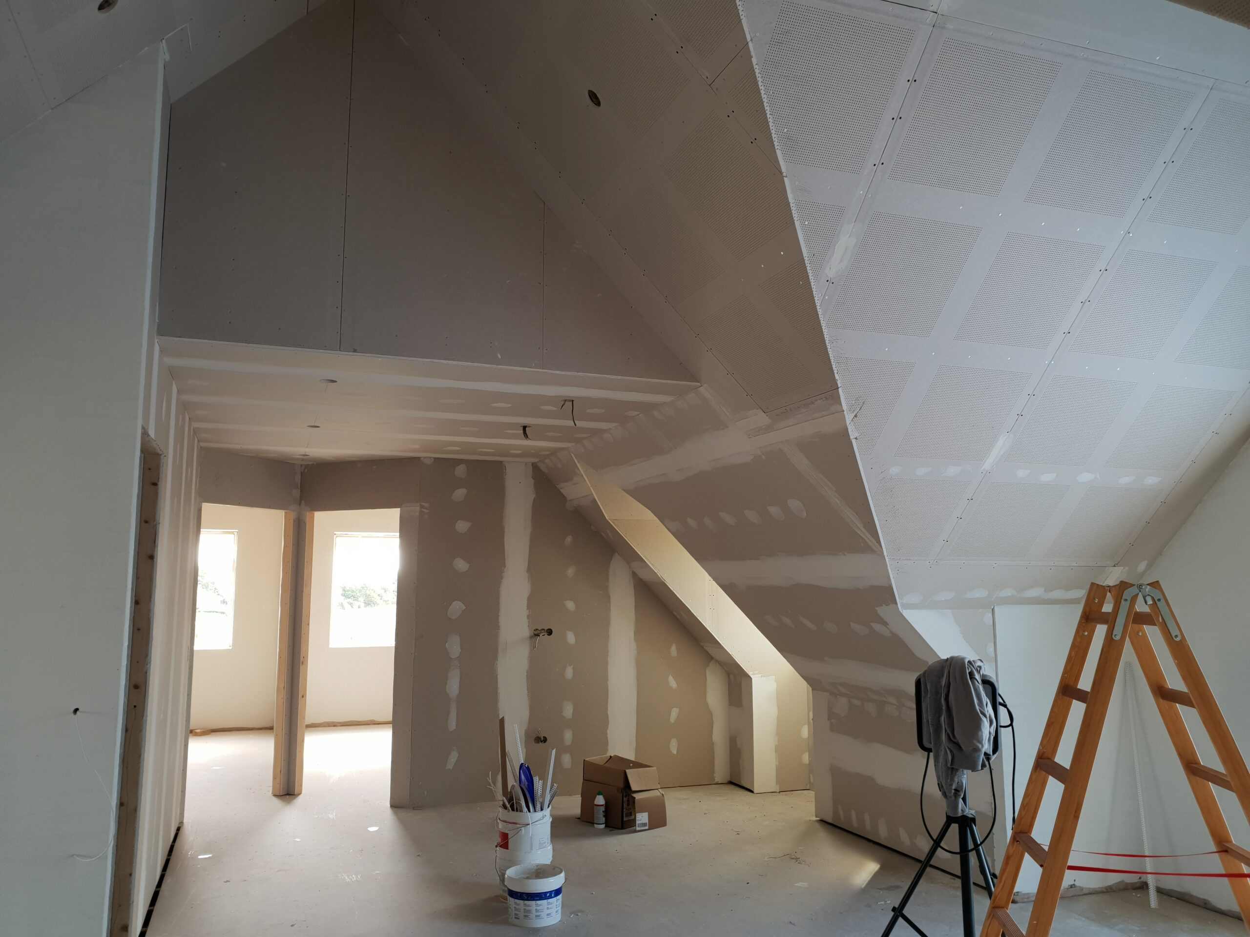 Maling af lofter og vægge
